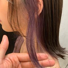 ミディアム パープル パープルカラー フェミニン ヘアスタイルや髪型の写真・画像