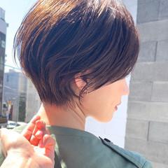 ショートヘア ナチュラル ミニボブ ショートカット ヘアスタイルや髪型の写真・画像