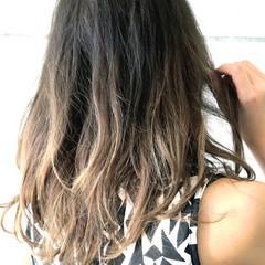 外国人風 ストリート グレージュ セミロング ヘアスタイルや髪型の写真・画像