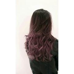 ストリート ロング グラデーションカラー 暗髪 ヘアスタイルや髪型の写真・画像