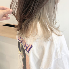 極細ハイライト セミロング ハイライト インナーカラー ヘアスタイルや髪型の写真・画像