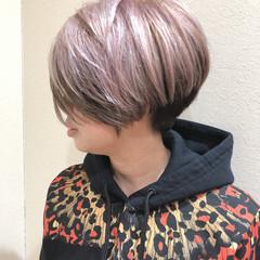 ショートボブ デザインカラー ブリーチ イルミナカラー ヘアスタイルや髪型の写真・画像