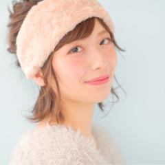 ショート お団子 ヘアアクセ ピュア ヘアスタイルや髪型の写真・画像