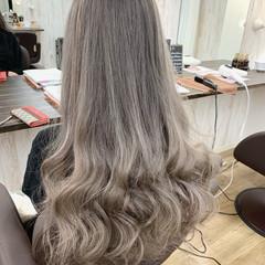 モード ハイトーンカラー ラベンダーグレージュ グレージュ ヘアスタイルや髪型の写真・画像
