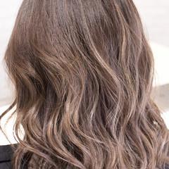 バレイヤージュ ガーリー 外国人風 ハイライト ヘアスタイルや髪型の写真・画像