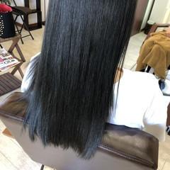 ヘアカラー オリーブアッシュ ロング ナチュラル ヘアスタイルや髪型の写真・画像