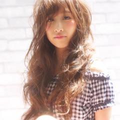 ふわふわ ロング ナチュラル かわいい ヘアスタイルや髪型の写真・画像