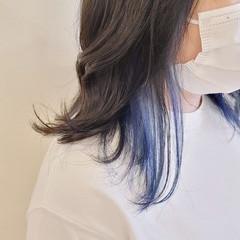 インナーカラー ブリーチオンカラー ブルー モード ヘアスタイルや髪型の写真・画像