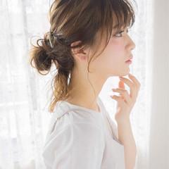 セミロング お団子 ルーズ こなれ感 ヘアスタイルや髪型の写真・画像