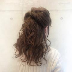 セミロング 波ウェーブ ショート ヘアアレンジ ヘアスタイルや髪型の写真・画像