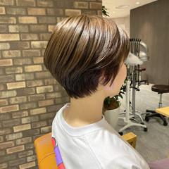 透明感カラー ナチュラル イルミナカラー ショートヘア ヘアスタイルや髪型の写真・画像