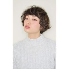 前髪あり ニュアンス 色気 パーマ ヘアスタイルや髪型の写真・画像
