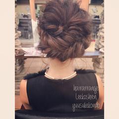 フェミニン ミディアム 簡単ヘアアレンジ ヘアアレンジ ヘアスタイルや髪型の写真・画像