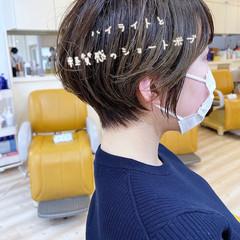 ベージュ ミニボブ ナチュラル グレージュ ヘアスタイルや髪型の写真・画像