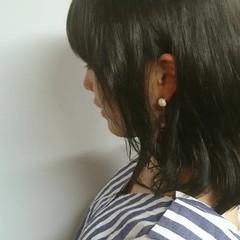 リラックス 簡単ヘアアレンジ ウェーブ ミディアム ヘアスタイルや髪型の写真・画像