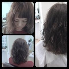 パーマ ウェーブ 大人かわいい ミディアム ヘアスタイルや髪型の写真・画像