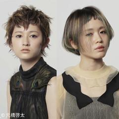 ショート ハイトーン ウルフカット モード ヘアスタイルや髪型の写真・画像
