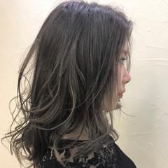 ミディアム エレガント ゆるふわ ウェーブ ヘアスタイルや髪型の写真・画像