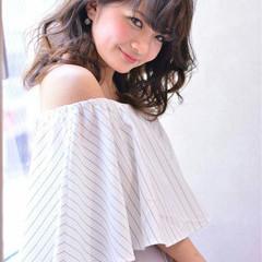 外国人風 アッシュ ピュア 大人かわいい ヘアスタイルや髪型の写真・画像