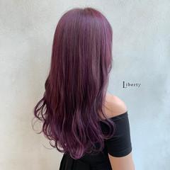 ガーリー ベリーピンク バイオレット 派手髪 ヘアスタイルや髪型の写真・画像