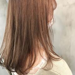ナチュラル ピンクアッシュ ベージュ 透け感ヘア ヘアスタイルや髪型の写真・画像