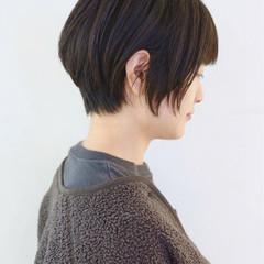 ナチュラル 黒髪 ショート アウトドア ヘアスタイルや髪型の写真・画像