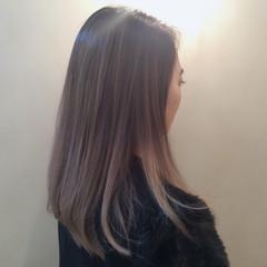 外国人風 セミロング グラデーションカラー ローライト ヘアスタイルや髪型の写真・画像