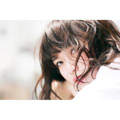フェミニン ショートバング アンニュイ パーマ ヘアスタイルや髪型の写真・画像