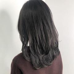 ダークカラー 暗髪 透明感カラー ミディアム ヘアスタイルや髪型の写真・画像