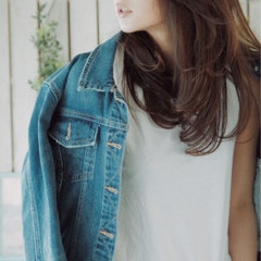 レイヤーカット ロング フェミニン コンサバ ヘアスタイルや髪型の写真・画像