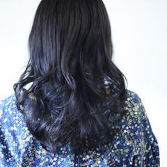 ネイビーアッシュ ネイビーカラー セミロング ネイビーブルー ヘアスタイルや髪型の写真・画像