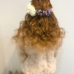 ヘアアレンジ ヘアセット ねじり フェミニン ヘアスタイルや髪型の写真・画像