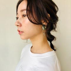 ナチュラル お団子アレンジ セルフヘアアレンジ 簡単ヘアアレンジ ヘアスタイルや髪型の写真・画像