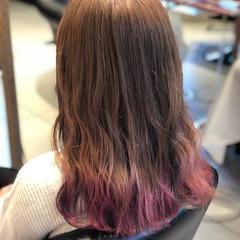 ブリーチカラー ミルクティーベージュ ピンクバイオレット グラデーションカラー ヘアスタイルや髪型の写真・画像