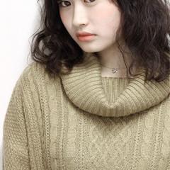 ガーリー 大人かわいい セミロング 黒髪 ヘアスタイルや髪型の写真・画像