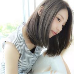 大人かわいい 外国人風 ミディアム アッシュ ヘアスタイルや髪型の写真・画像