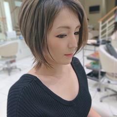 3Dハイライト ショートボブ フェミニン くびれカール ヘアスタイルや髪型の写真・画像