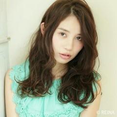 暗髪 ヘアアレンジ ゆるふわ フェミニン ヘアスタイルや髪型の写真・画像