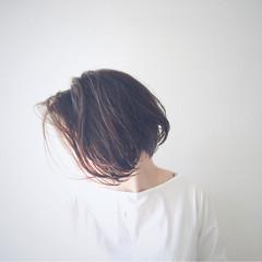 ボブ リラックス ダークアッシュ グレー ヘアスタイルや髪型の写真・画像