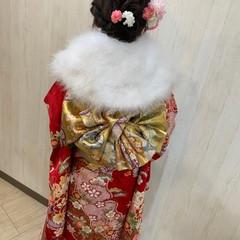 セミロング ヘアアレンジ フェミニン 成人式ヘア ヘアスタイルや髪型の写真・画像