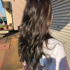 外国人風 ハイライト グレージュ グラデーションカラー ヘアスタイルや髪型の写真・画像