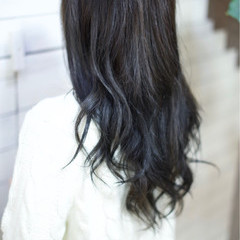 ロング グレージュ ナチュラル 暗髪 ヘアスタイルや髪型の写真・画像