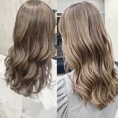 ミルクティーベージュ ストリート 外国人風 ハイライト ヘアスタイルや髪型の写真・画像