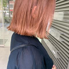 ボブ ブリーチ ハイトーン 切りっぱなしボブ ヘアスタイルや髪型の写真・画像