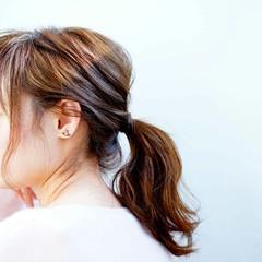 ヘアアレンジ ローポニーテール ナチュラル 簡単ヘアアレンジ ヘアスタイルや髪型の写真・画像