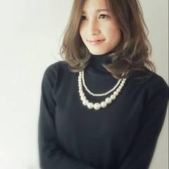 大人かわいい 外国人風 暗髪 ナチュラル ヘアスタイルや髪型の写真・画像