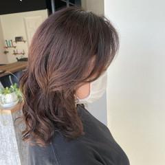 ナチュラル ミディアム 透明感カラー 髪質改善カラー ヘアスタイルや髪型の写真・画像