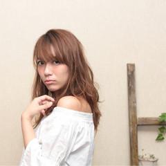 ガーリー パーマ 外国人風 セミロング ヘアスタイルや髪型の写真・画像