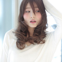 フェミニン ガーリー 外国人風 大人かわいい ヘアスタイルや髪型の写真・画像