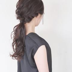 ローポニーテール 結婚式 大人かわいい ヘアアレンジ ヘアスタイルや髪型の写真・画像